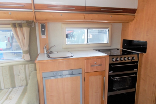 Autotrail Cheyenne kitchen.JPG