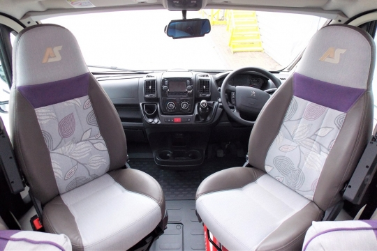 Autosleepers Broadway FB Cab.JPG