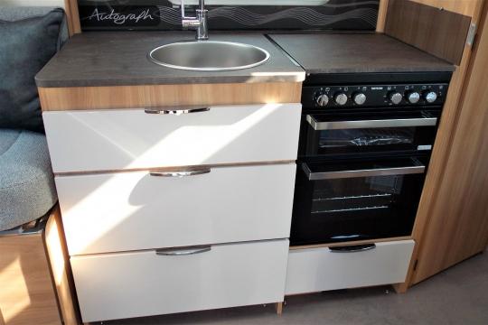 Bailey 79-2F kitchen.JPG