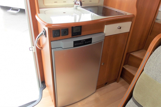 Rapido 803F Kitchen.JPG