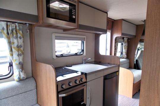 autotrail-tribute-t720-kitchen.JPG