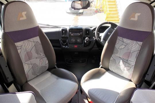 auto-sleepers-broadway-eb-cab.JPG