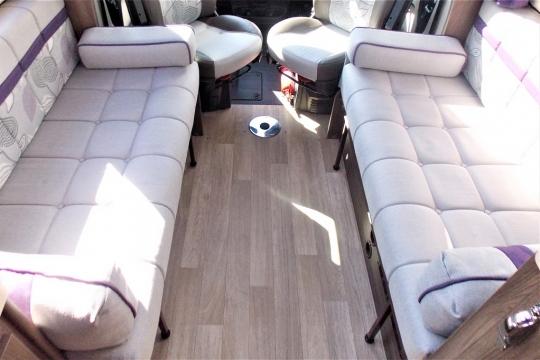 auto-sleepers-broadway-eb-lounge.JPG