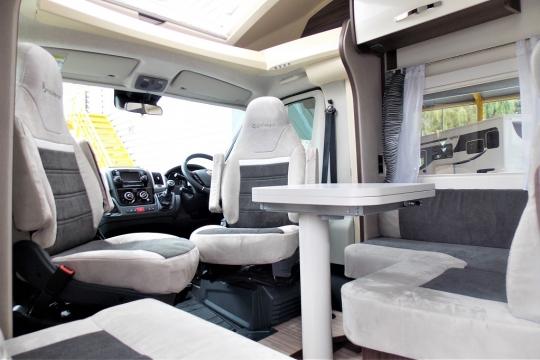 benimar-mileo-264-interior2.JPG
