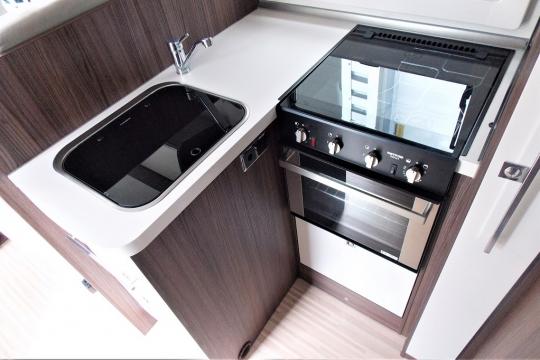 benimar-mileo-264-kitchen.JPG
