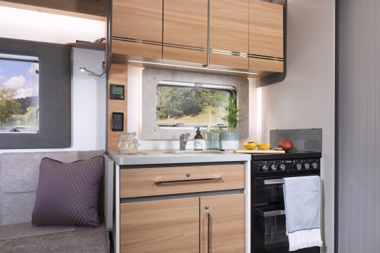 Adamo 69-4 kitchen featuring Thetford 'K-series' combined oven, grill and hob.jpg